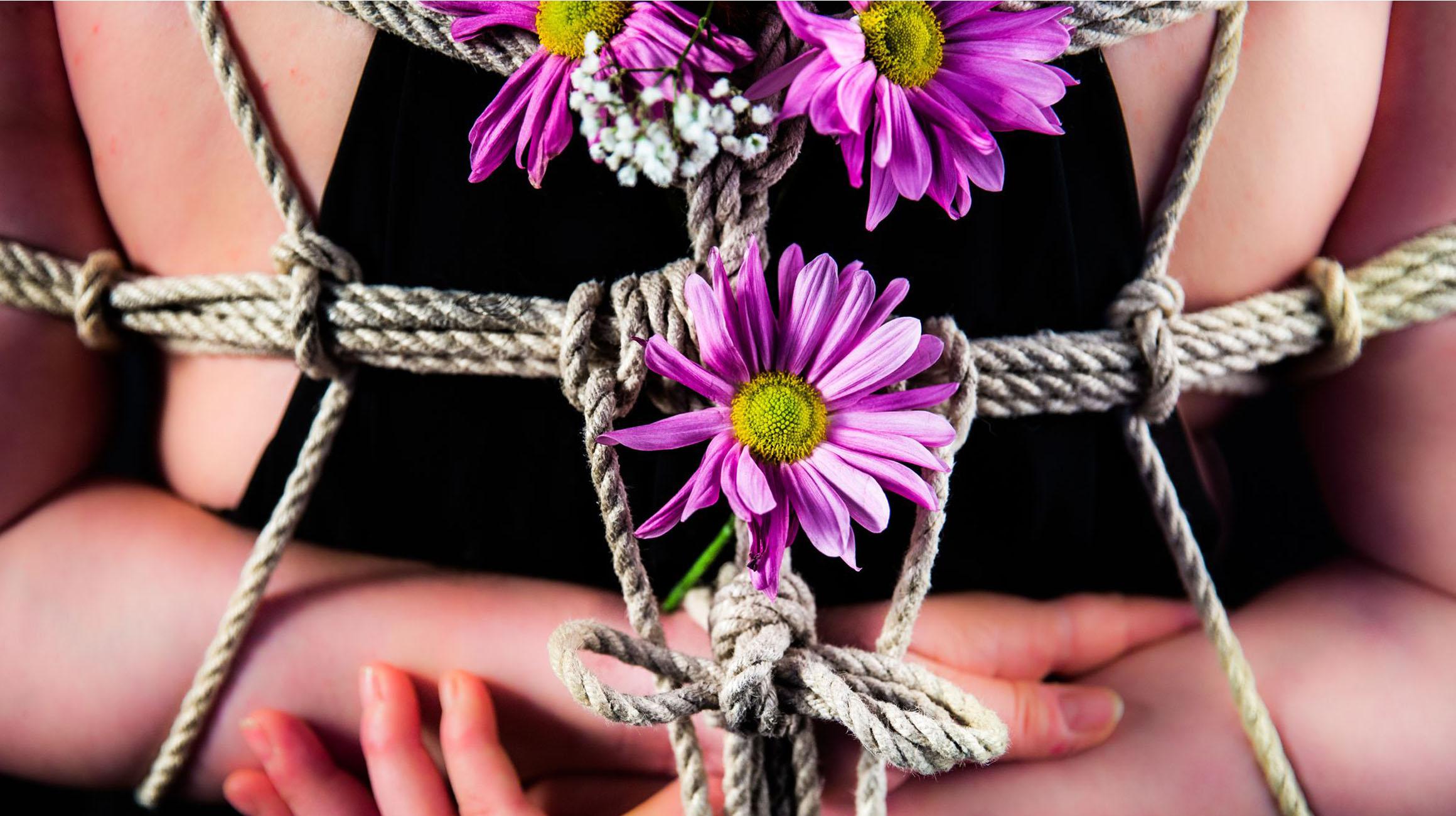 Flowerbondage Bondage Blumen